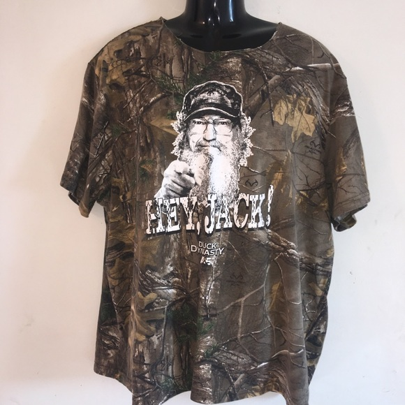 New Mens Under Armour Medium Red Duck Commander Graphic Tee Charged Cotton NWT